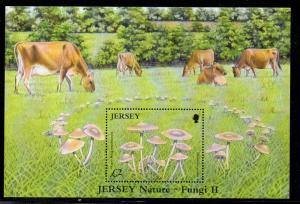 Jersey Sc 1189 2005 Mushrooms Cattle stamp sheet mint NH