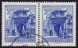 Austria - 1962 - Scott #699 - used pair - Vienna
