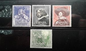 Spain 983-86 mnh crease on 1 stamp
