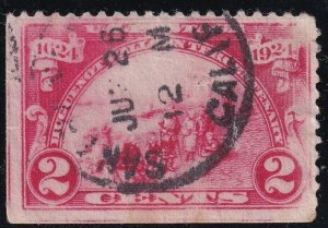 US STAMP #615 1924 Huguenot-Walloon Issue 2¢ Landing at Fort Orange INK ERROR