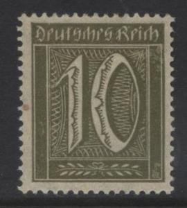 GERMANY. -Scott 138 - Definitives -1921 -MLH - Ol.Green -Single 10pf Stamp4