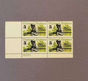 1330, Davy Crockett, PB LL, Mint OGNH, CV $1.25