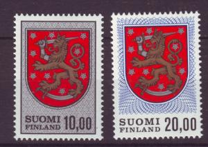 J19333 Jlstamps 1968-78 finland hv,s of set mh #470-470a arms