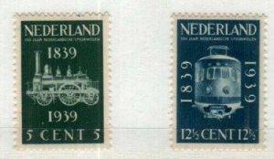 Netherlands Scott 214 Mint hinged, 215 Mint NH [TG1106]