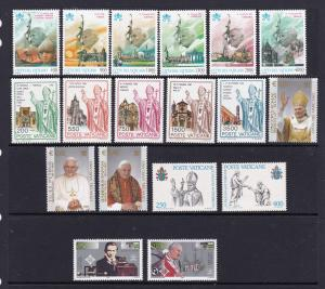 Vatican x 2 sets & 3 pairs MNH Pope John Paul II