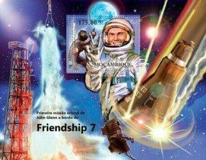 Mozambique MNH S/S John Glenn Friendship 7 Space