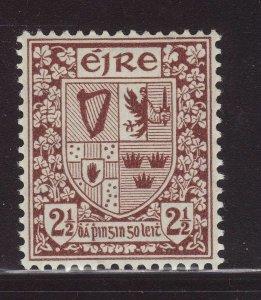 1941 Ireland 2½d Mounted Mint with Frame Break SG115var