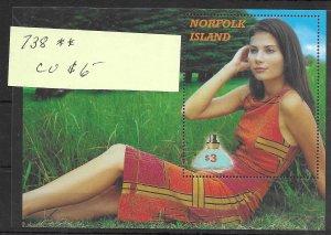 Norfolk Island #738 MNH - Souvenir Sheet CAT VALUE $6.00