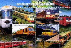 Madagascar MNH M/S 1999 Trains Class 103 and 1044 [108049]