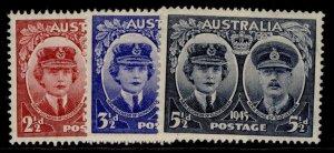 AUSTRALIA GVI SG209-211, complete set, NH MINT.