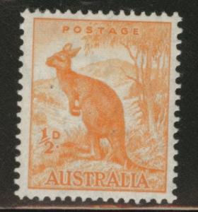AUSTRALIA Scott 166 MH* 1942 half p Kangaroo CV$0.75