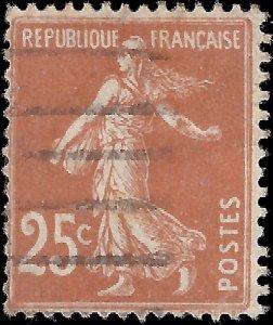France 1927 Sc 169 YT 235 U vg