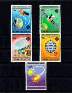 COOK IS - 1983 - WORLD COMMUNICATIONS YEAR - SATELLITE - GLOBE + MINT - MNH SET!