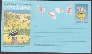 AUSTRALIA 45c aerogramme - Bird - Magpie unused............................54141