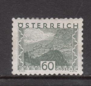 Austria #352 Very Fine+ Never Hinged