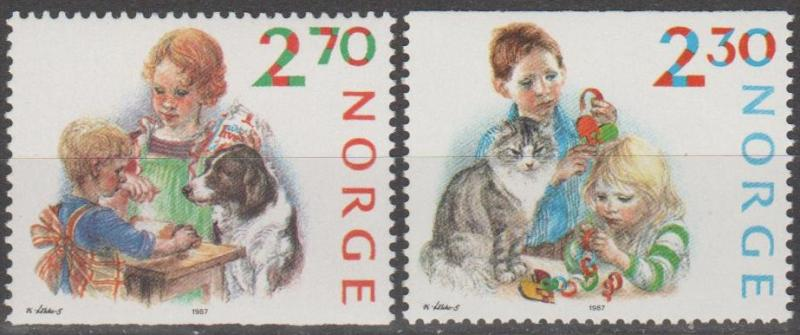 Norway #920-1  MNH F-VF CV $2.65 (SU777)