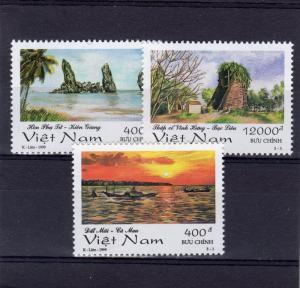 Vietnam 1999 Sc#2894/2896 Landscapes Paintings Set (3) MNH VF