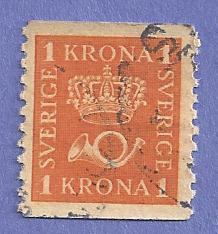Sweden Scott #153 Crown and post horns, CV $.30, used