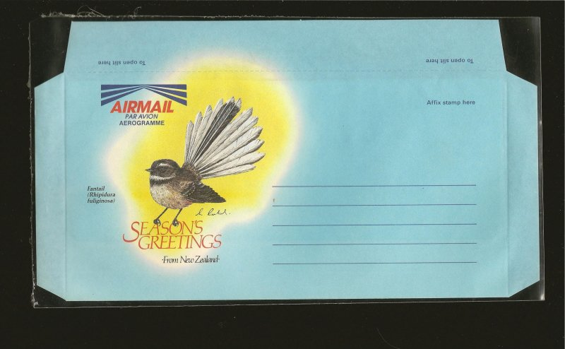 New Zealand Seasons Greetings Fantail Bird Aerogramme MNH