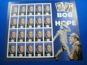 UNITED STATES - SCOTT #4406 - BOB HOPE - FULL PANE     MNH   (ce)