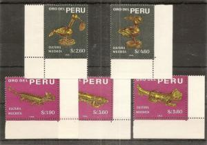 Peru 1968 Gold Sculptures SG956-960 MNH