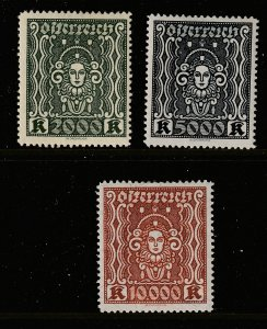 Austria x 3 MH better values from the 1922 deffs set