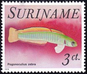 Surinam # 449 mnh ~ Fish - Pogonoculius zebra