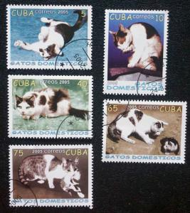 CUBA Sc# 4472-4476  CATS felines pets Complete set of 5 stamps  2005 cancelled