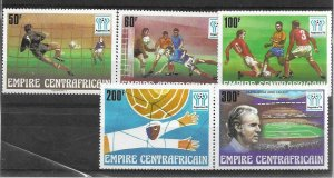 1977  CENTRAL AFRICA  -  SG.  527 / 531  -  WORLD CUP - MNH