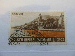Italy Italia 1953 20L usato fine stamp A5P11F112