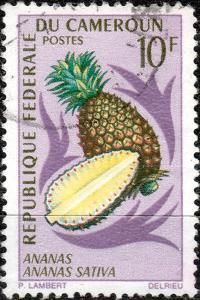 CAMEROUN - 1967 - Mi.513 10fr Pineapple (Ananas comosus) - Used