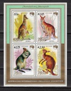 NIUE -  1984 Airmail - International Stamp Exhibition AUSIPEX '84 - Mel  M2144
