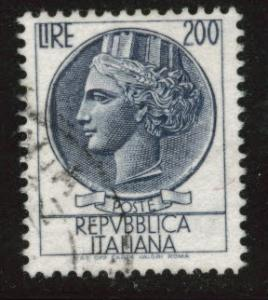 Italy Scott 788 Used 1959 17x21mm perf 14 stamp