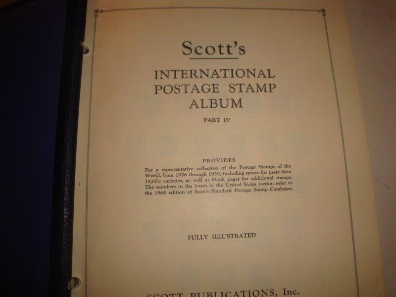 Scott international Vol 4 like new 900 stamps