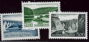 Finland SC#413-415 Mint VF SCV$32.50...Bid on a Bargain!!