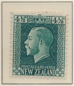 New Zealand Stamp Scott #152, Mint Hinged - Free U.S. Shipping, Free Worldwid...