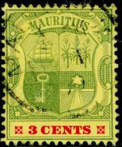 MAURITIUS SG166, 3c green & carmine/yellow, FINE USED. Cat £12.