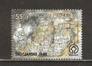 Slovenia Scott catalog # 275 Mint NH