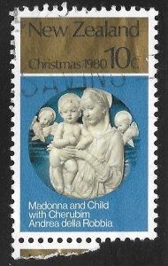 New Zealand #715 10c Christmas - Madonna & Child