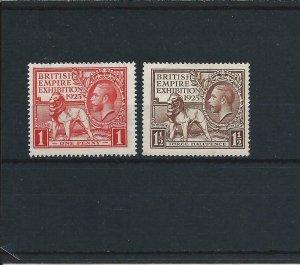 GB-KG5 1925 WEMBLEY PAIR MNH SG 432/433 CAT £80