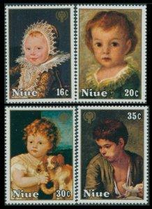 1979 Niue 238-241 Children in painting
