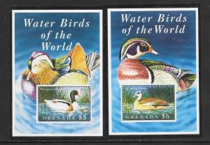 BIRDS - GRENADA #2420-21-DUCKS MNH