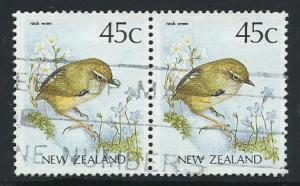 New Zealand SG 1463b  FU Pair