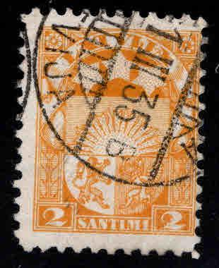 Latvia Scott 137 Used coat of arms stamp Type B