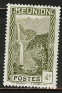Reunion CFA Scott 129 MH* waterfall stamp similar centering