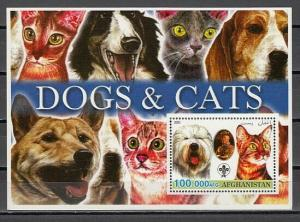 Angola, 2003 Cinderella issue. Cats & Dogs s/sheet.