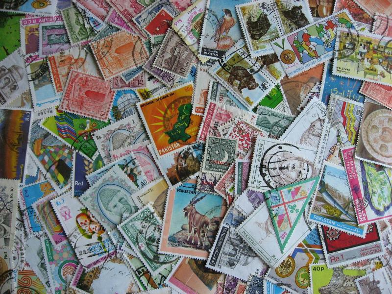 PAKISTAN 160 different, lots of commemoratives here,some mixed condition