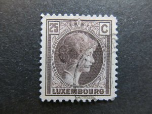 A4P26F65 Letzebuerg Luxembourg 1926-35 25c used