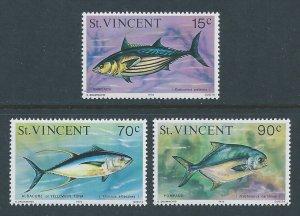 St. Vincent #472-4 NH Fish Defins. (15c,70c,90c)
