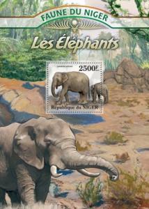 NIGER 2013 SHEET ELEPHANTS WILDLIFE nig13109b